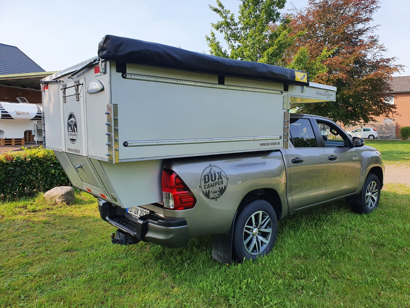 Dux Camper Camp Crown Overlander 220